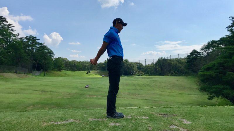 GEN-TENゴルフコースレッスン胸椎のストレッチの写真③