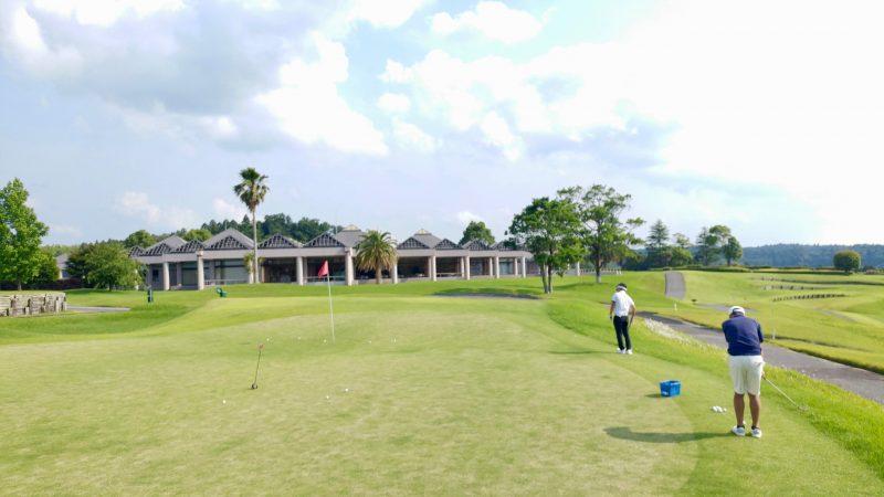 GEN-TENゴルフコースレッスンきみさらずGL練習グリーンの写真②