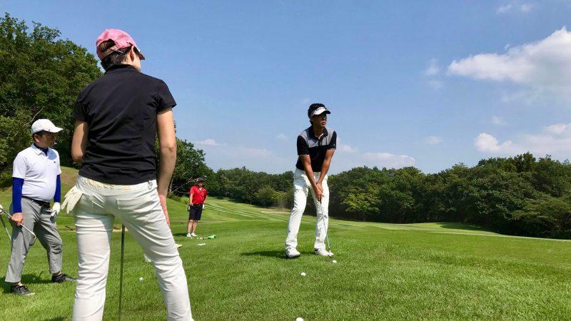 GEN-TENゴルフコースレッスンゲンテンアプローチ定点練習説明の写真