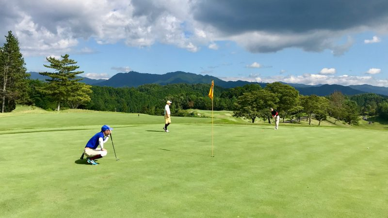 GEN-TENゴルフコースレッスン紀伊高原GCパッティングの写真