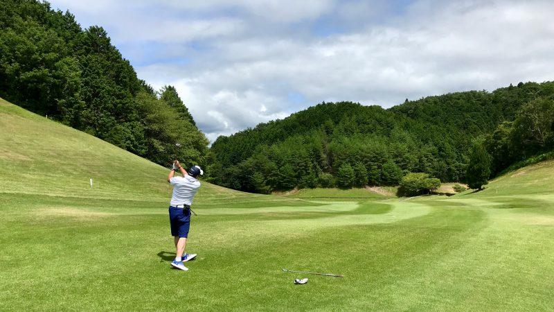 GEN-TENゴルフコースレッスン紀伊高原GCセカンドショットの写真