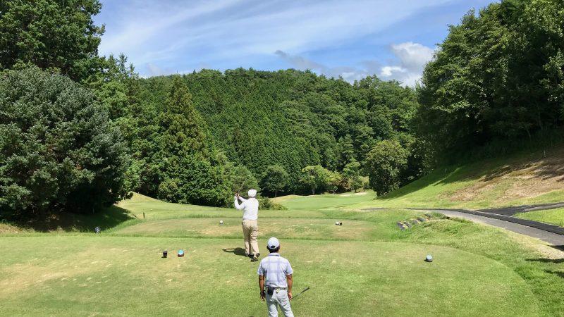 GEN-TENゴルフコースレッスン紀伊高原GCティショットの写真②