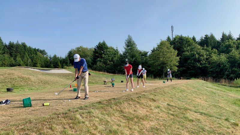 GEN-TENゴルフコースレッスンマオイGRドライビングレンジ前方からの写真