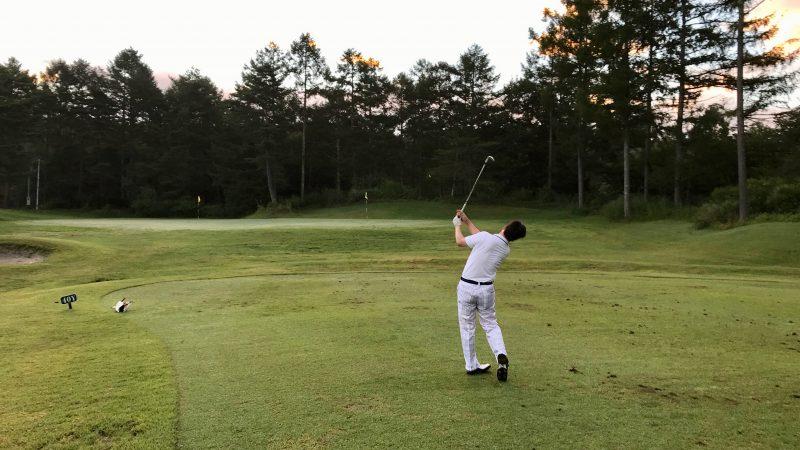 GEN-TENゴルフコースレッスン強化合宿サニーCC3日目朝練アプローチの写真
