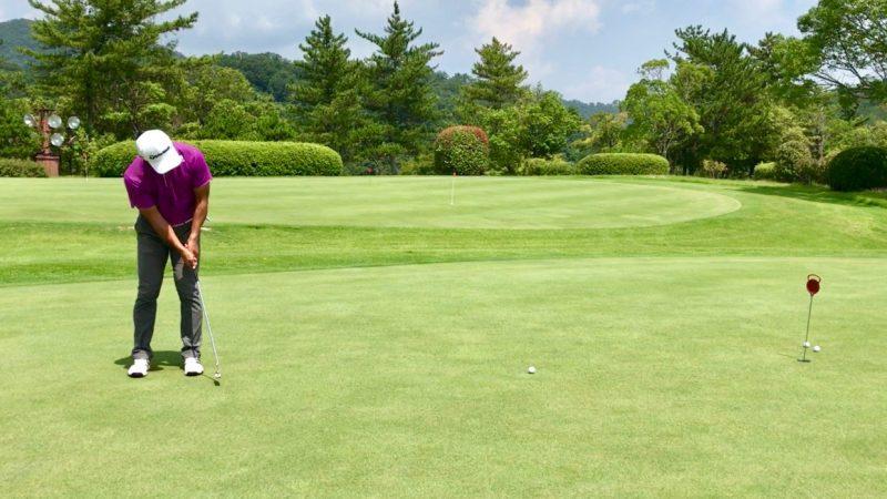 GEN-TENゴルフコースレッスンパッティングの写真