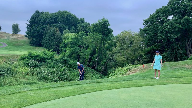 GEN-TENゴルフコースレッスンマオイGRラフからのアプローチの写真