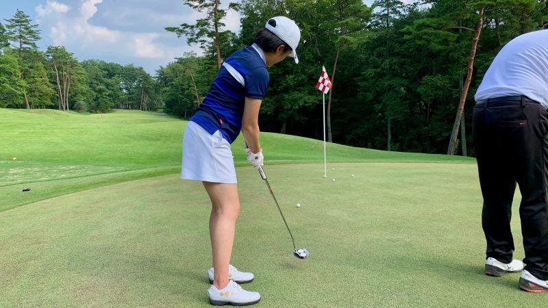 GEN-TENゴルフコースレッスン説明会&体験レッスン定点練習パッティング後方からの写真