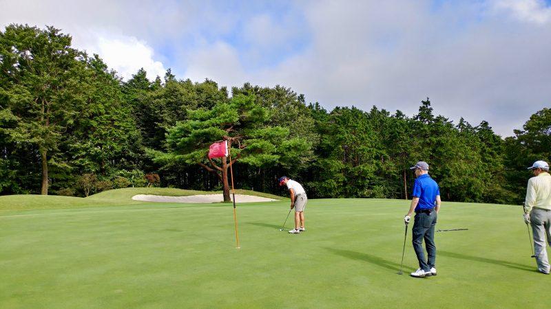 GEN-TENゴルフコースレッスン朝霧CCパッティングの写真