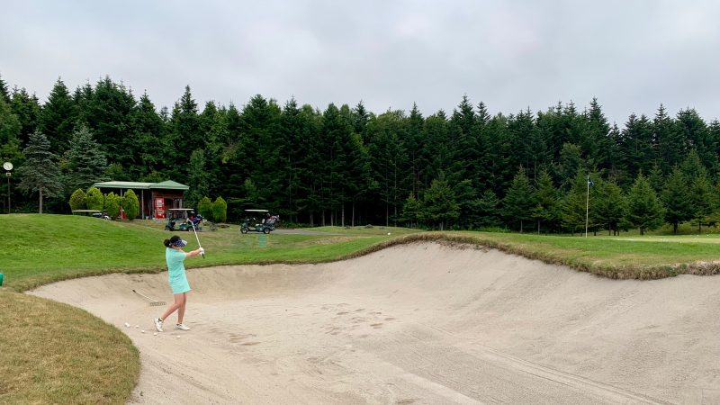GEN-TENゴルフコースレッスンマオイGRアプローチエリアバンカーショットの写真