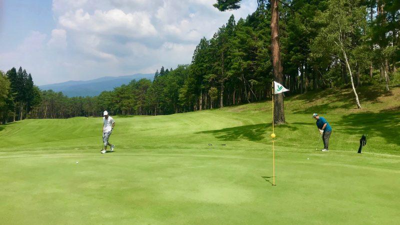 GEN-TENゴルフコースレッスン鷲ヶ岳高原GCアプローチパットの写真