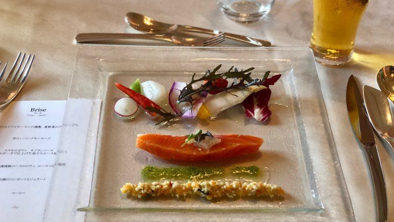 GEN-TENゴルフコースレッスングランディ那須白河GC夕食サーモンの写真