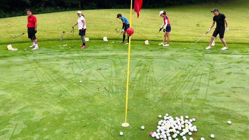 GEN-TENゴルフコースレッスングランディ那須白河GCアカデミーコースアプローチ練習の写真