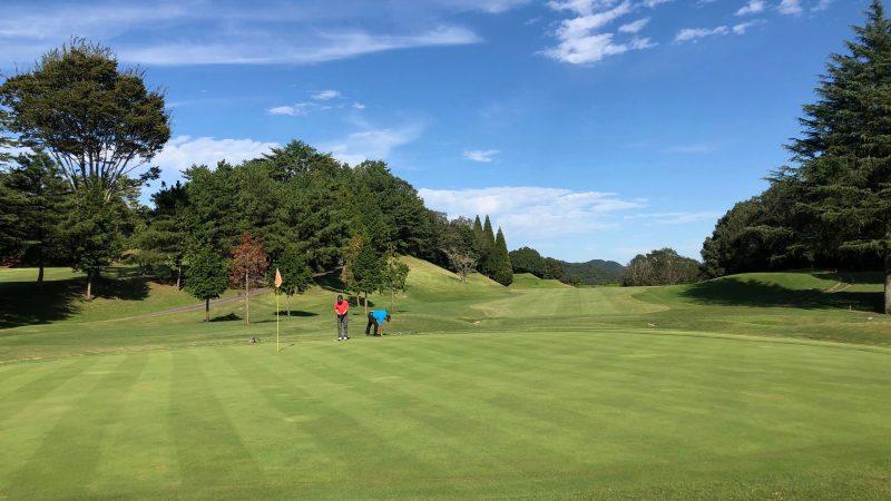GEN-TENゴルフコースレッスンハーフラウンド千刈CC12番ホールグリーンの写真