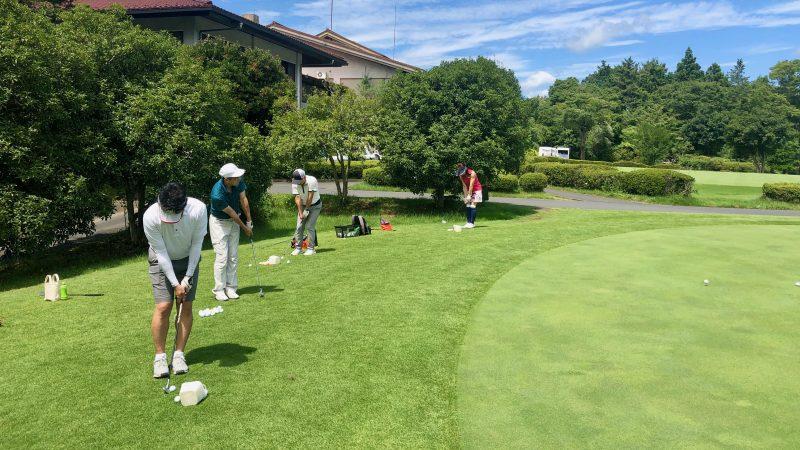 GEN-TENゴルフコースレッスン東京バーディCアプローチ練習の写真