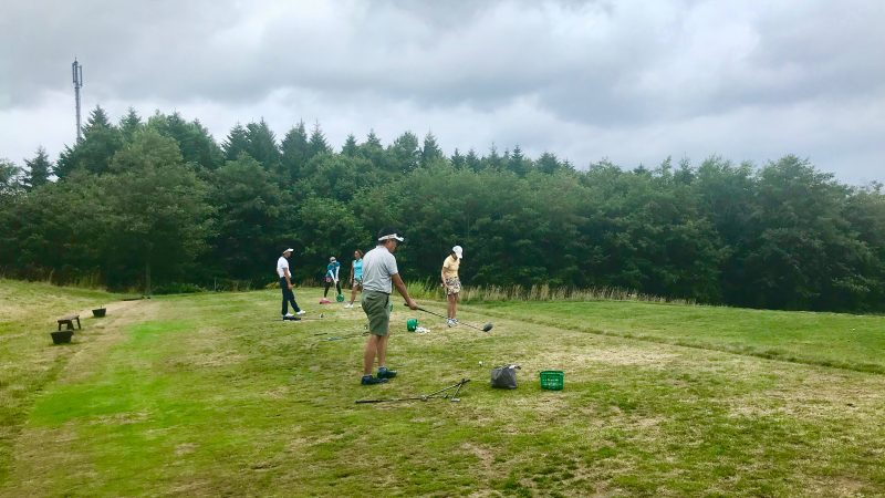 GEN-TENゴルフコースレッスン強化合宿マオイGRドライビングレンジの写真
