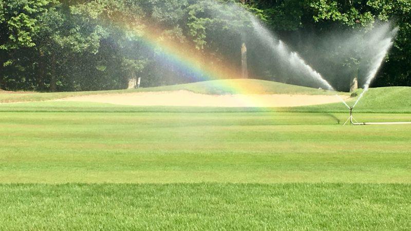 GEN-TENゴルフコースレッスンフェアウェイ&スプリンクラーの写真