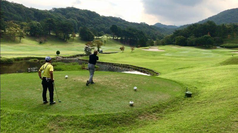 GEN-TENゴルフコースレッスン16番ティショットの写真