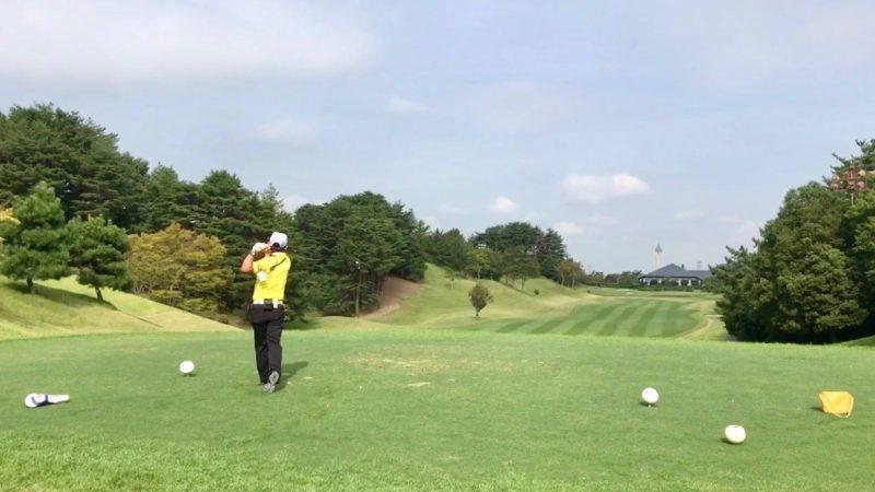 GEN-TENゴルフコースレッスン18番ティショットの写真
