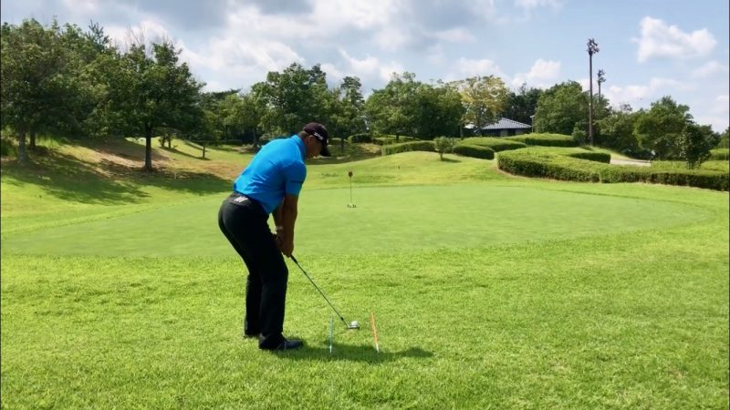 GEN-TENゴルフコースレッスンオープンスタンスアドレスの写真
