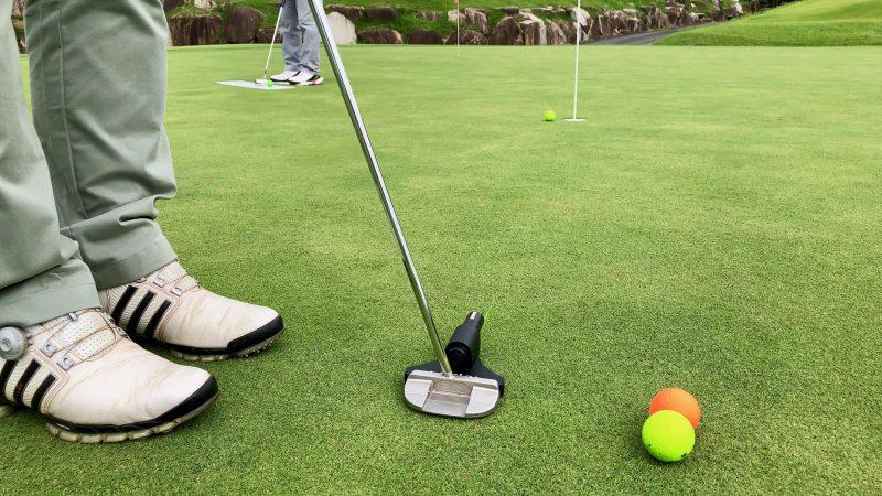 GEN-TENゴルフコースレッスンDC静ヒルズCCパッティングレーザーの写真