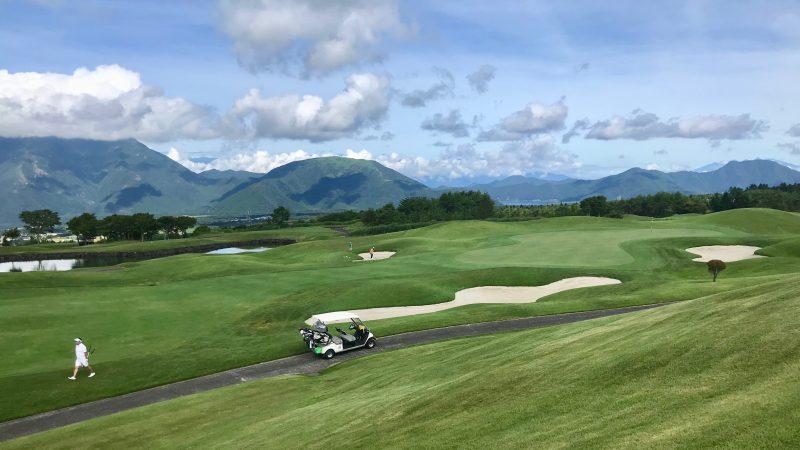 GEN-TENゴルフコースレッスン富士クラシックコースと青空の写真