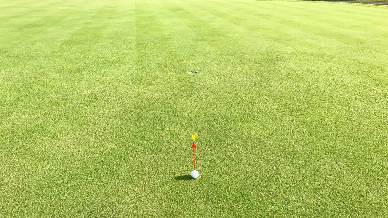GEN-TENゴルフコースレッスンパッティングの方向性スパットの写真