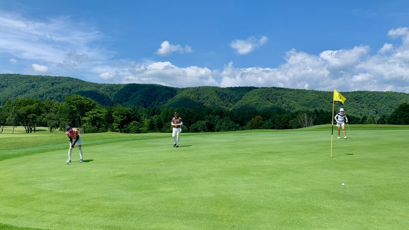 GEN-TENゴルフコースレッスン強化合宿サニーCC2日目パッティングの写真②
