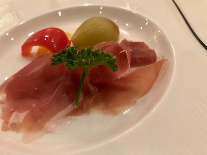 GEN-TENゴルフコースレッスン富士クラシック夕食生ハムの写真