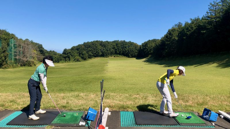 GEN-TENゴルフコースレッスンヒントレッスン打球練習の写真