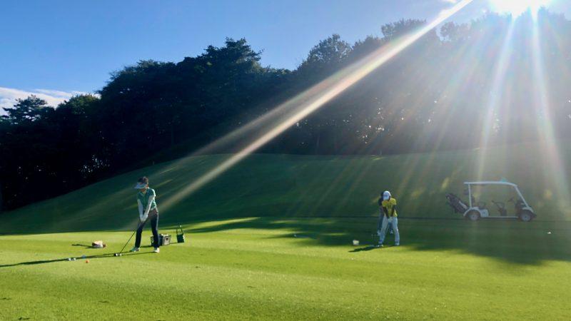 GEN-TENゴルフコースレッスンヒントレッスン定点練習フェアウェイからのショットの写真