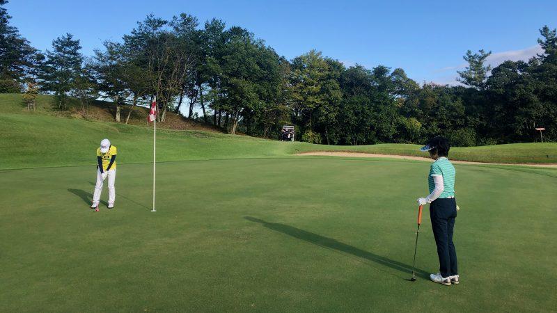 GEN-TENゴルフコースレッスンヒントレッスンパッティングの写真