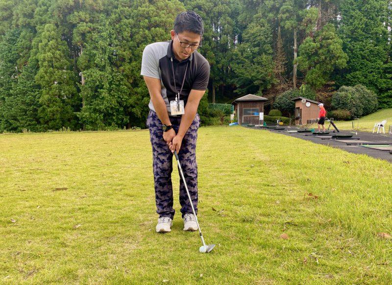 GEN-TENゴルフコースレッスンアプローチノーマルアドレスの写真