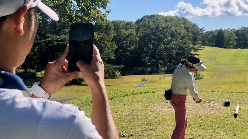 GEN-TENゴルフコースレッスントライフィールドティーショット練習動画撮影の写真