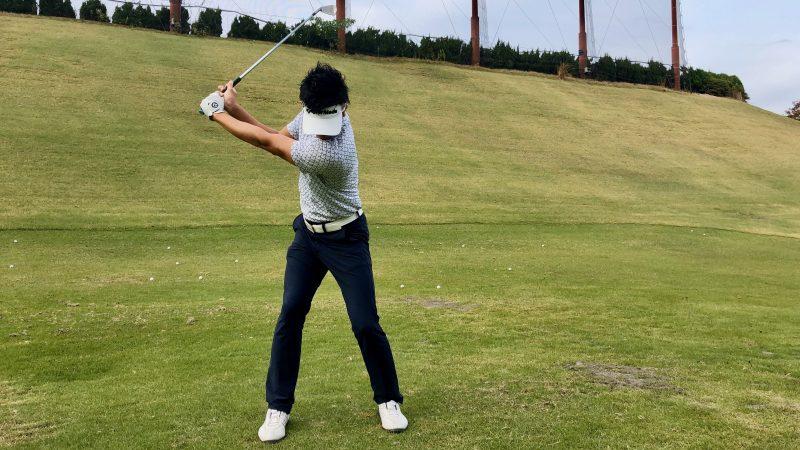 GEN-TENゴルフコースレッスンテークバックの写真