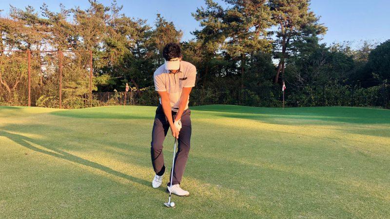 GEN-TENゴルフコースレッスン腰の回転ドリルアドレスの写真