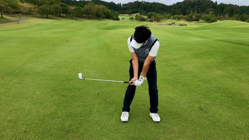 GEN-TENゴルフコースレッスンハンドアクション背屈の写真