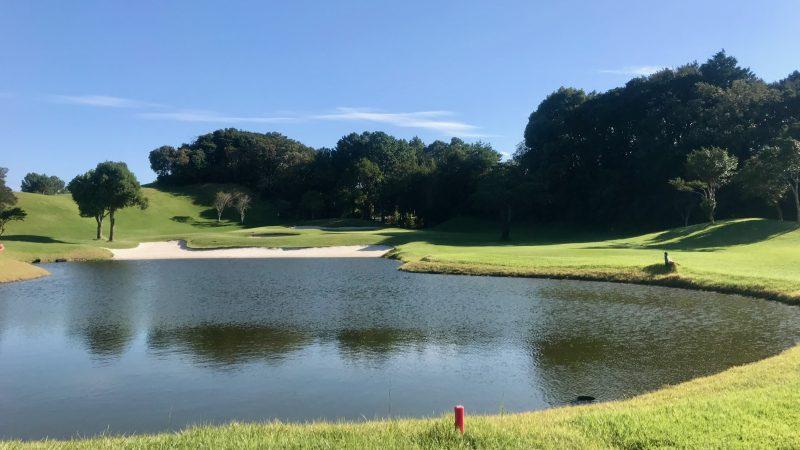 GEN-TENゴルフコースレッスン浜島CC池からの写真