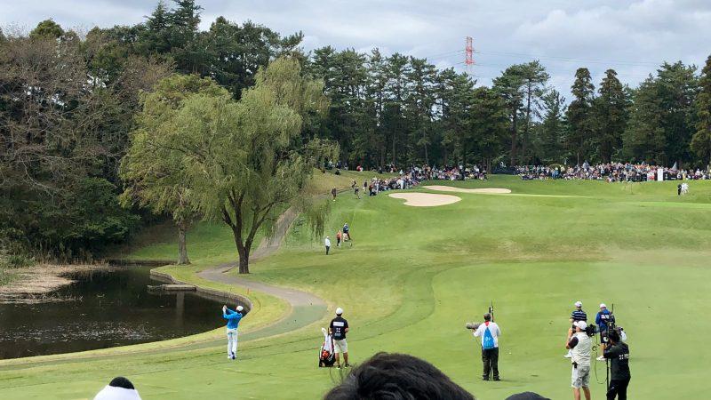 GEN-TENゴルフコースレッスンZOZOチャンピオンシップマキロイセカンドショットの写真