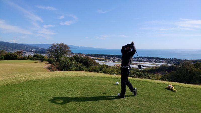GEN-TENゴルフコースレッスン高知キャンプ黒潮CC太平洋コースティイングエリア&海の写真