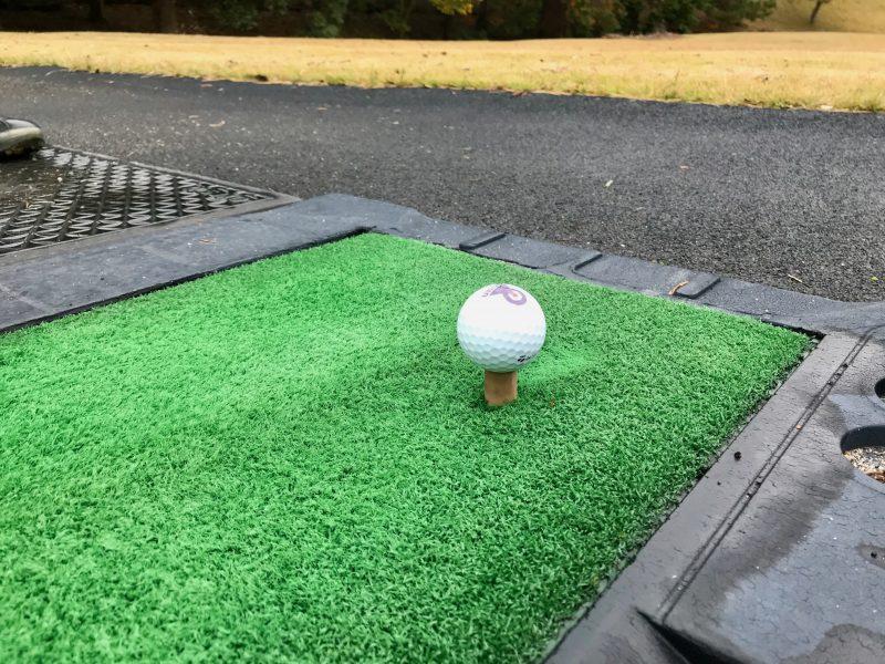 GEN-TENゴルフコースレッスンプッシュスライス対処法インサイドアウト低いティアップの写真