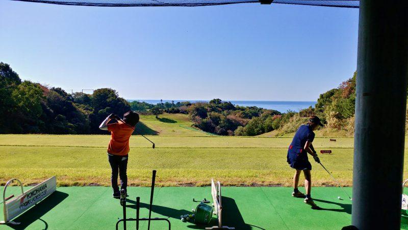 GEN-TENゴルフコースレッスン高知キャンプ土佐CCドライビングレンジの写真