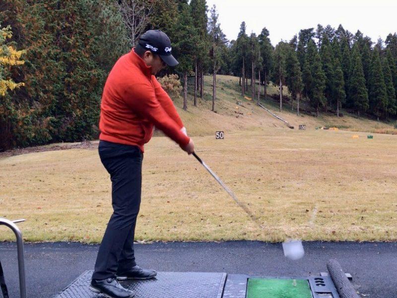 GEN-TENゴルフコースレッスンプッシュスライス原因インサイドアウトの写真
