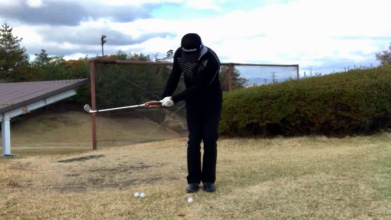 GEN-TENゴルフコースレッスンクロウグリップテークバックの写真