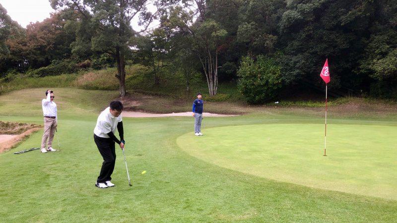 GEN-TENゴルフコースレッスン名古屋グリーンCCアプローチショットの写真