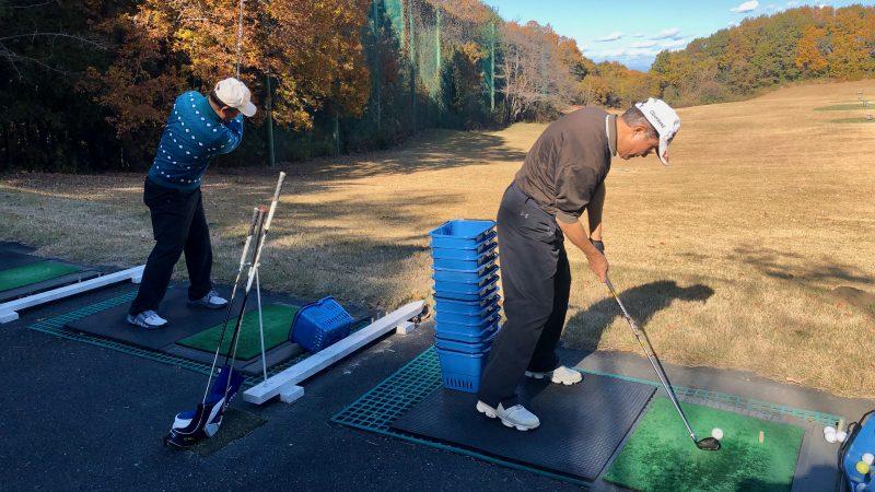GEN-TENゴルフコースレッスン前傾姿勢ドリルの写真