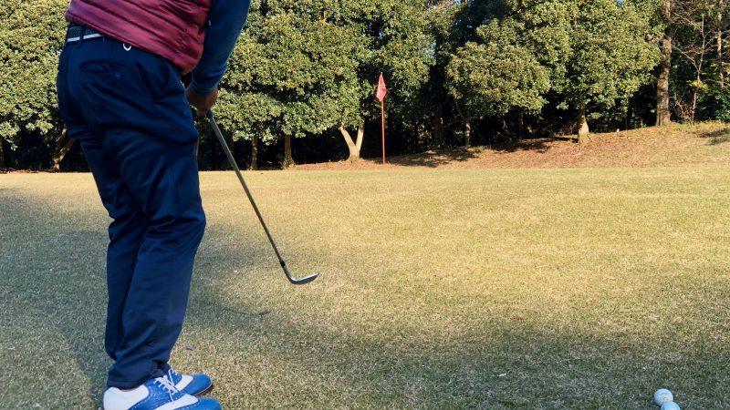 GEN-TENゴルフコースレッスン飯能パークCC定点練習グリーン右からのアプローチ後方からの写真
