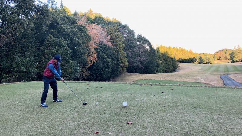 GEN-TENゴルフコースレッスン飯能パークCCラウンドティショットの写真