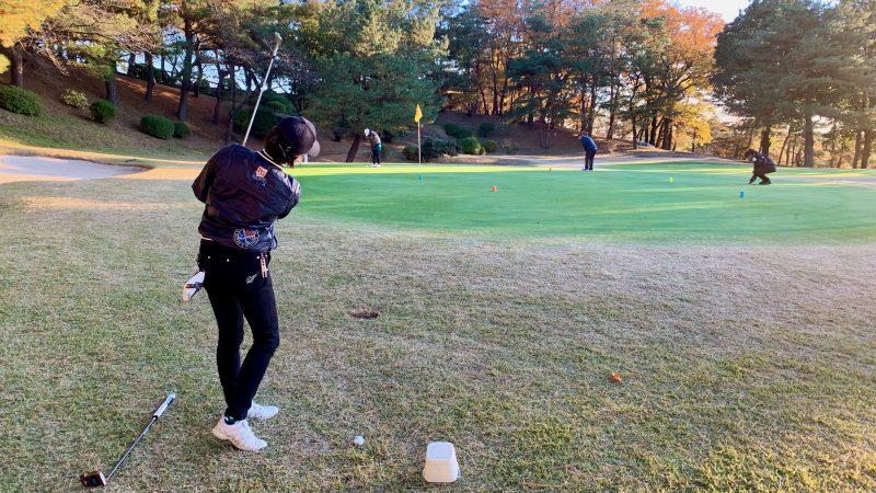 GEN-TENゴルフコースレッスン高坂CC定点練習寄せワン練習の写真
