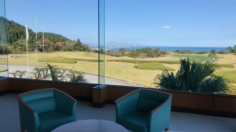 GEN-TENゴルフコースレッスン宮崎強化合宿青島GCクラブハウスからの景観の写真