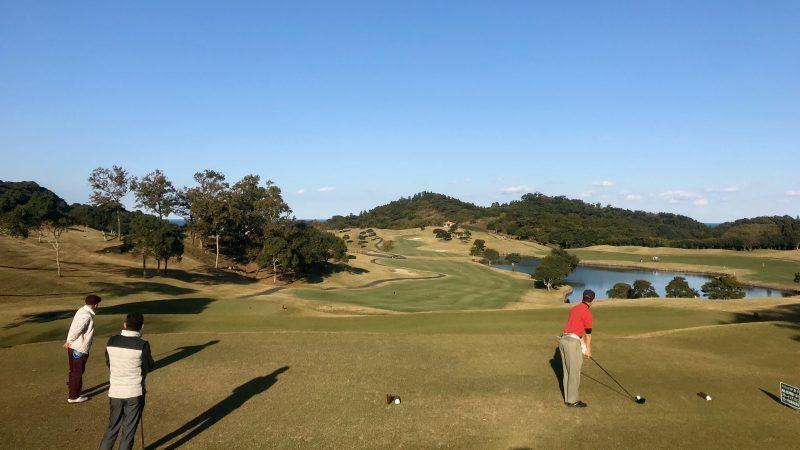 GEN-TENゴルフコースレッスン宮崎強化合宿青島GCティイングエリアからの写真